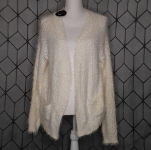 🔮Poof Fuzzy Cream Sweater